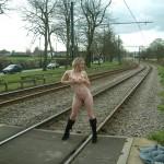 ayla-nude-in-public-04