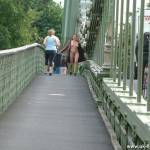 nude-on-hammersmith-bridge-02