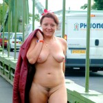 nude-on-hammersmith-bridge-05